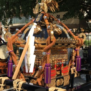 興野神社2尺5寸の大神輿